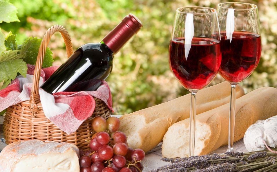 เอาใจสายดื่มกับตะกร้าไวน์